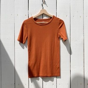 JCrew pumpkin colored perfect fit tee